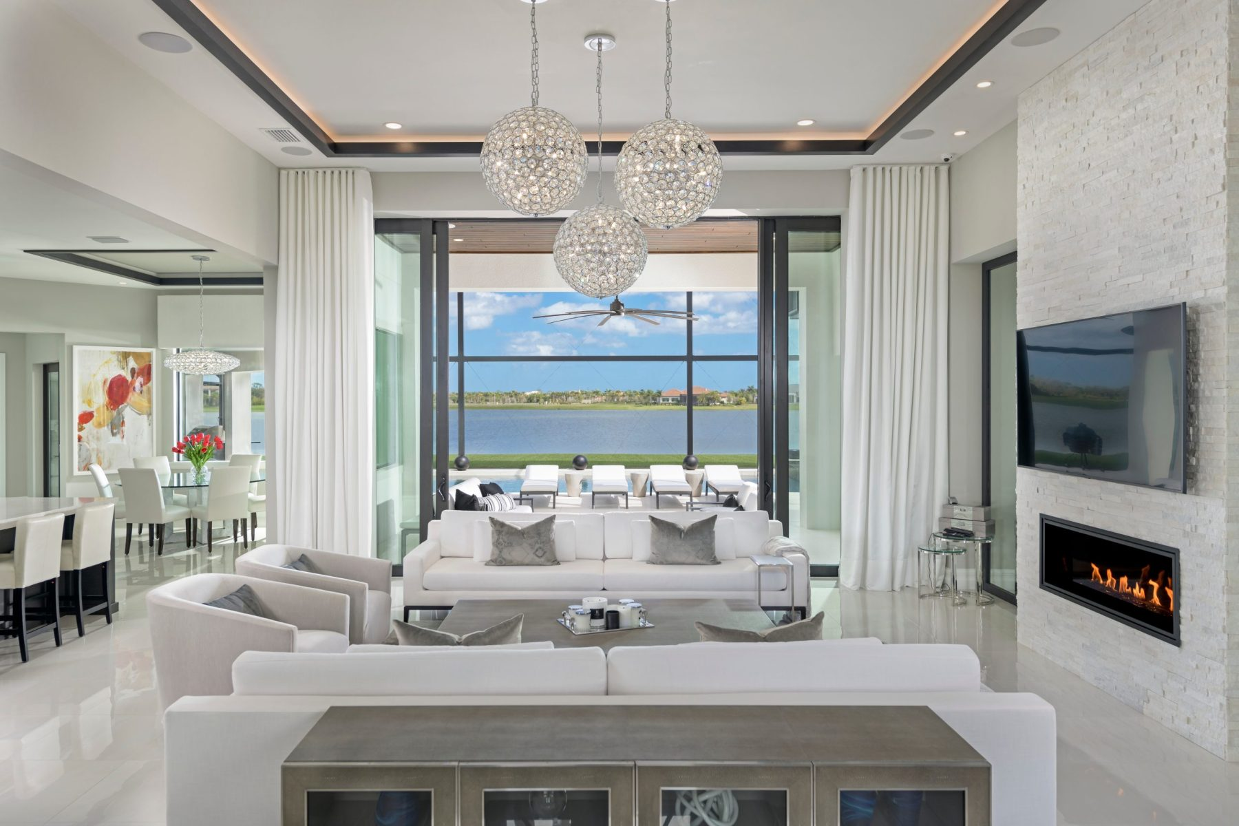 Adelaide in Viera Custom, Contemporary Residence grand Entry
