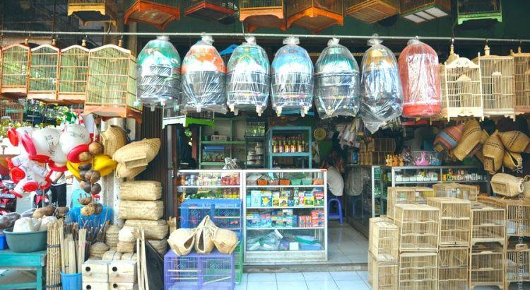 Jual pakan burung (bambang-ariyo.blogspot.co.id)