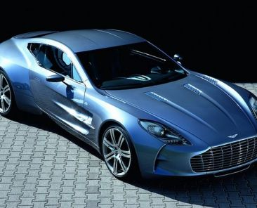 aston-martin-one-77-car-auto-luxury-expensice-zdroj-abdullah-albargan