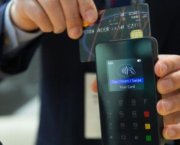 credit-card-1730085_1920-1