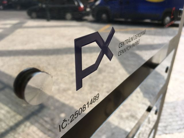 depozitarcennychpapiru-stockexchange-pxindex-zdroj-w4t-2