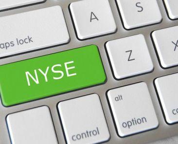 nyse-stocks-market-zdroj-GotCredit