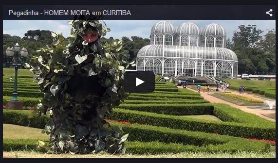 Homem moita em Curitiba - Pegadinha