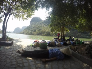 En Asia cualquier hora parece buen momento para la siesta