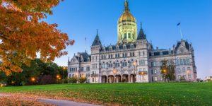 Lee más sobre el artículo Legisladores de Connecticut buscan legalizar contratos inteligentes de blockchain
