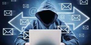 Lee más sobre el artículo Hackers aprovechan vulnerabilidad de Outlook para robar criptomonedas