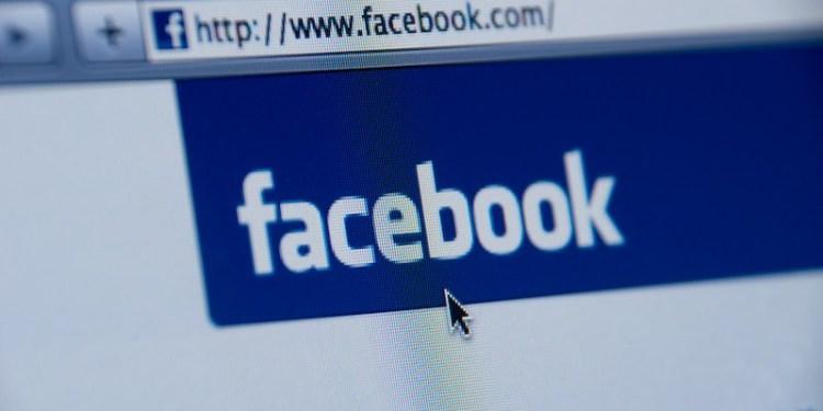 En este momento estás viendo El primer inversor de Facebook Peter Thiel cobra el 80% de sus acciones restantes en el gigante de las redes sociales (FB)