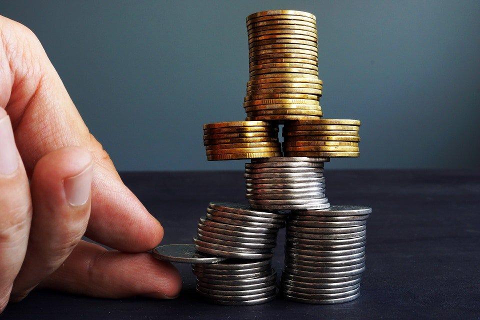 En este momento estás viendo Maker reduce comisión a 17,5% para estabilizar el precio de DAI