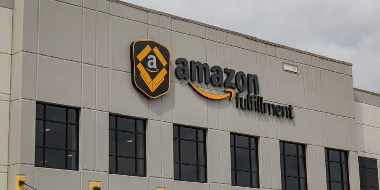 En este momento estás viendo Amazon, Deloitte y Fidelity se asocian para lanzar un acelerador blockchain
