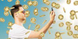 Lee más sobre el artículo Estas serían las ganancias en bitcoin de estrellas como Messi, LeBron o Kim Kardashian