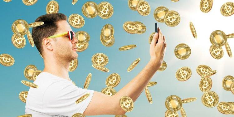 En este momento estás viendo Estas serían las ganancias en bitcoin de estrellas como Messi, LeBron o Kim Kardashian