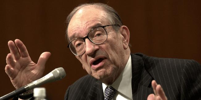 En este momento estás viendo El ex presidente de la Fed, Alan Greenspan, no espera que llegue una recesión pronto