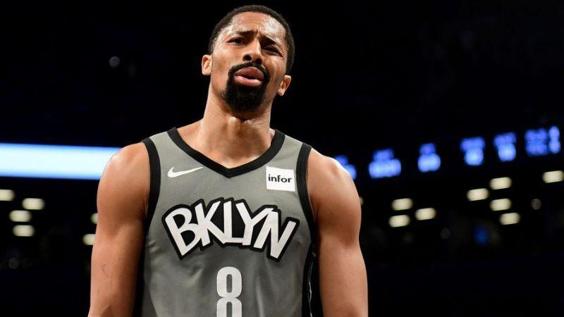 En este momento estás viendo La NBA está revisando el plan revisado del jugador de los Brooklyn Nets, Spencer Dinwiddie, para convertir su contrato en un vehículo de inversión digital.