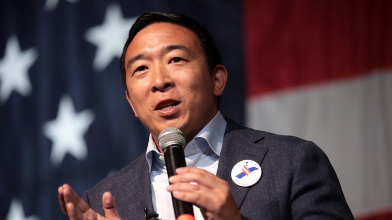 En este momento estás viendo Andrew Yang, defensor de la criptomoneda, finaliza la oferta presidencial