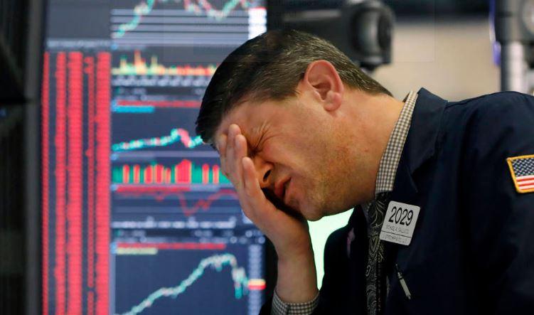 En este momento estás viendo Wall Street esta semana ha parado en 2 ocaciones 15 minutos los mercados para evitar Panico