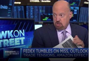 Lee más sobre el artículo Los mercados están en una «verdadera contusión» porque «todos piensan que son más inteligentes que Warren Buffett», dice Jim Cramer después de la brutal venta de Wall Street
