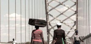 Lee más sobre el artículo La prohibición del dinero móvil de Zimbabwe y el impacto en el comercio de Bitcoin