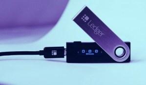 Lee más sobre el artículo Compañia de billeteras Ledger enfrenta demanda por 'encubrimiento' a violación de datos