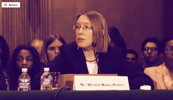 En este momento estás viendo Prohibición del gobierno sobre Bitcoin sería 'tonta': Hester Peirce de la SEC