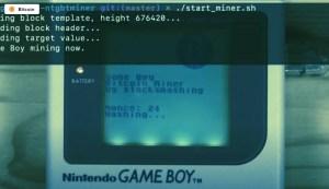 Lee más sobre el artículo Este tipo convirtió a un Game Boy vintage en un minero (muy lento) de Bitcoin