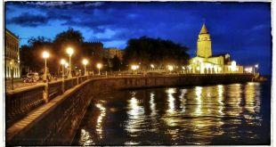 Gijón de noche