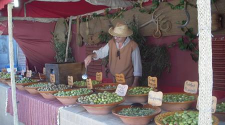 Puesto típico del mercado cervantino