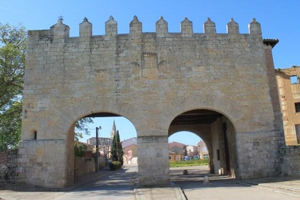Puerta de entrada a Medina de Rioseco
