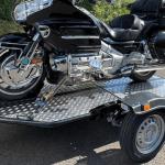 Remolque de moto UNO con Goldwing