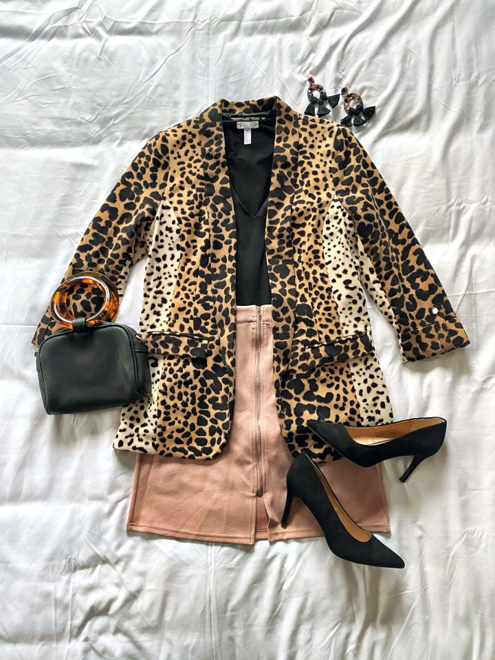Date night outfit: skirt, bodysuit, blazer, and heels.