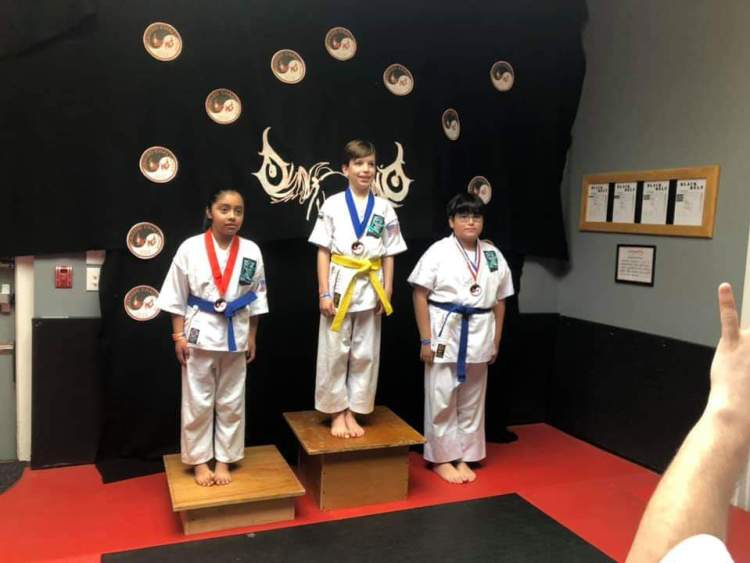 karate dais