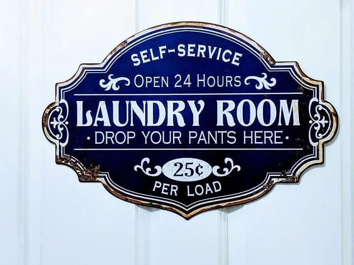 Laundry room door sign