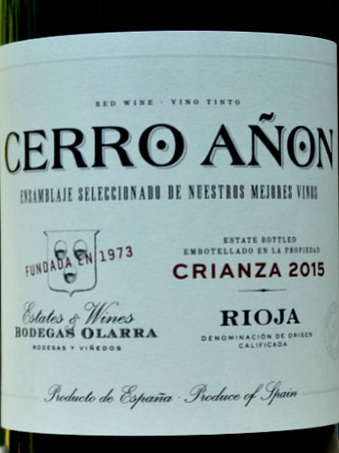 Cerro Añon Crianza 2015 has a new look label but the wine is the same consistently great value, stylish Crianza. Full of Blackberry fruit and laced with vanilla overtones, this is a classic Rioja at a great price to be enjoyed.