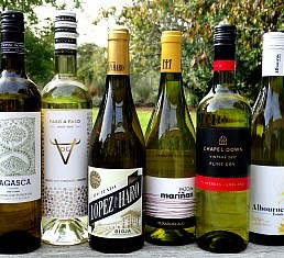 Wondrous Whites Case offer; six different wines and styles from Spain and England. From organic dry whites from central Spain to classic white Rioja and a Godello blend from Galicia to award-winning Albourne Estate West Sussex and Chapel Down in England. Terrific quality white wines. Great offer price.