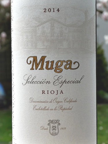 Muga Seleccion Especial Reserva 2014 Stunning Fine Wine from Top Rioja Producer: 96 Points Tim Atkin MW: Sarah Jane Evans MW Top 12 Tempranillo Decanter Magazine March 2020: Only made in the best years, this beautifully balanced fine wine is a real treat; good value at Bush Vines