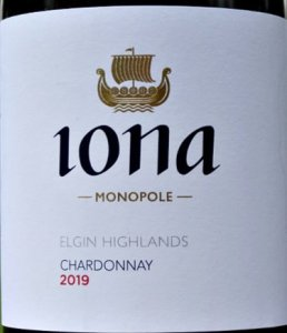 Iona Elgin Highlands Chardonnay 2019 is an outstanding, elegant and refined Chardonnay from cool climate South Africa. Like a fine, light Burgundy it has purity of fruit and perfectly balance of oak in support. This wine is seamless with a poised, long finish. Think Premier Cru St Aubin or a fine Auxey-Duresses and this is easily £10 a bottle less! Brilliant value, special wine from Andrew Gunn and his winemaker Werner Muller.