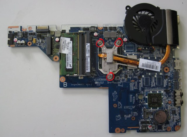 HP Compaq Presario CQ58 removing the heat sink from the motherboard