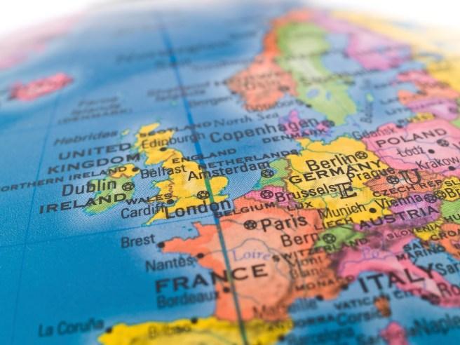 Partir vivre à l'étranger : Formalités!