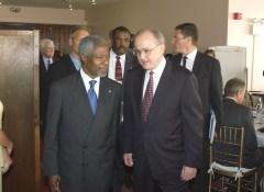 Ruggie with UN Secretary-General Kofi Annan in 2004.