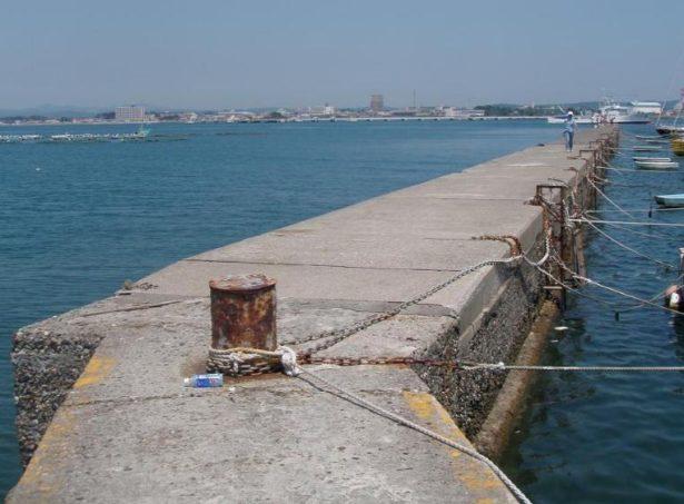 【シーバス(鱸)を堤防で釣ろう】ルアー、ポイント、釣り方、装備、人気おすすめ【ランキング】