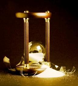 Hourglass Broken
