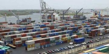 Coronavirus: FG begins partial shut down of seaports after first six cases from vessel - Businessday NG