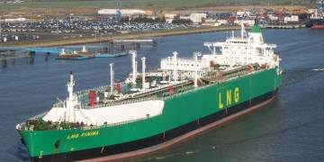 NLNG strikes sales contract deal with Total for 10 years - Businessday NG