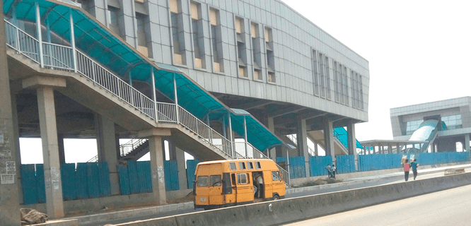 Trailers, tankers slowing down Lagos-Badagry road project - Businessday NG