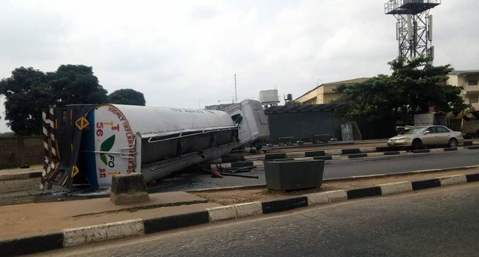 Petrol tanker falls, spills content on major road leading to Lagos airport - Businessday NG