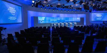 World leaders, businessmen, meet in Davos as WEF forum begins