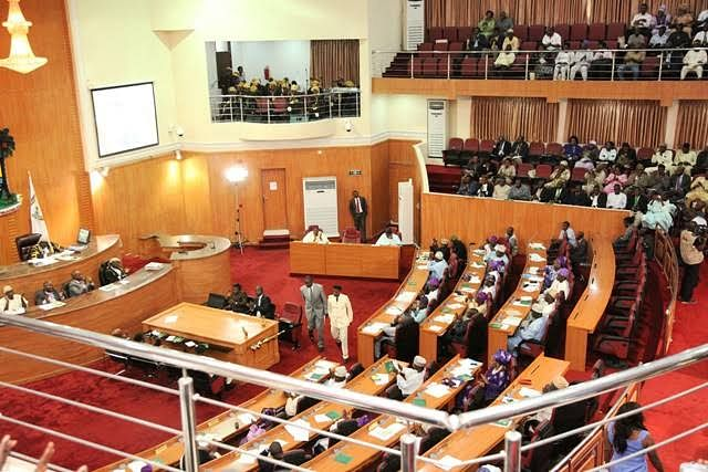 Lagos Assembly reinstates suspended Lawmakers - Businessday NG