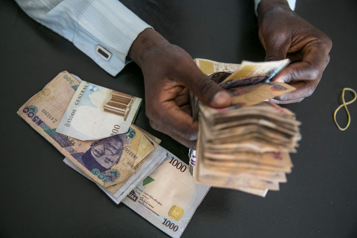 The Naira on Monday gained marginally to the dollar at the Investors and Exporters (I &E) window closing at N389.25 to a dollar as against N389.50 posted on Friday. Trading at the window picked on Monday as investors traded a total of 46.67 million dollars as against 12.61 million dollars traded on Friday. According to […]