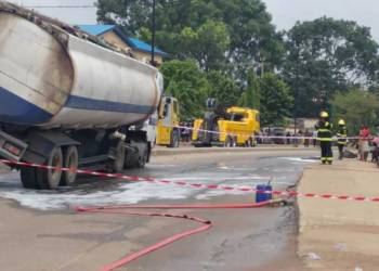 Fuel tanker accidents: Lagos engages downstream sector stakeholders - Businessday NG