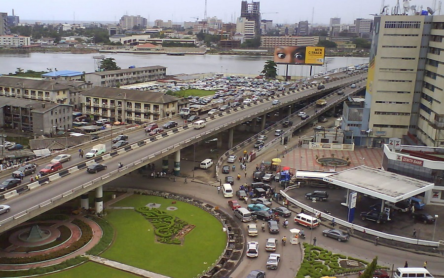 The Lagos State government on Friday reversed the plan to impose 10 per cent service charge on every trip made through e-hailing platforms like Uber and Bolt. The Commissioner for Transport, Dr Frederic Oladeinde, made this known to newsmen, after a three-hour meeting of Gov. Babajide Sanwo-Olu, some executive council members and e-hailing operators at […]