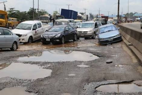 Residents groan as rains expose Lagos dilapidated roads - Businessday NG